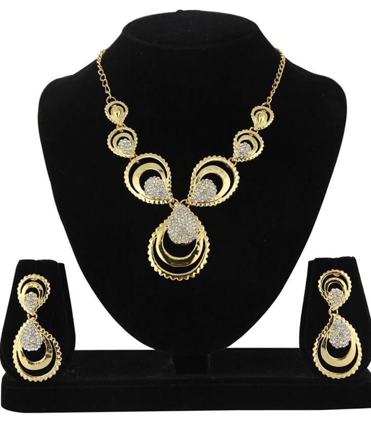 Blissful Golden Color Alloy Necklace Set with Austrian Diamonds
